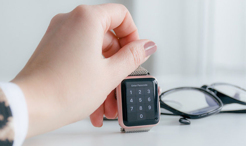 The upcoming Apple Watch likely to get Touch ID and sleep tracking
