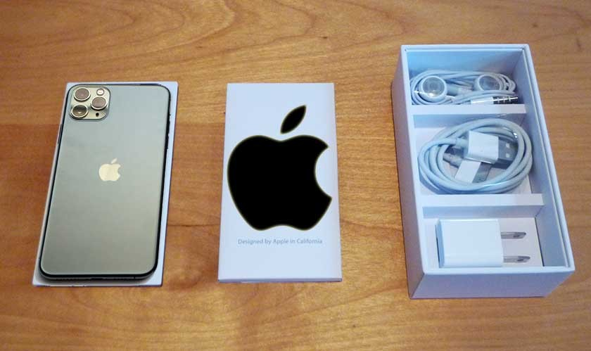 Apple ditching Power Adapter and Earpods in iPhone 12 retail box