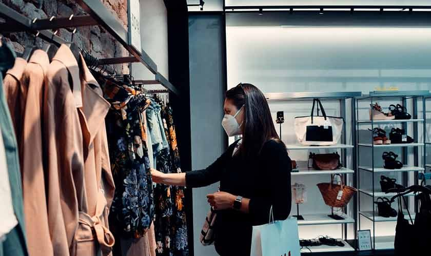 Building Customer Trust And Loyalty In Your Online Retail Store